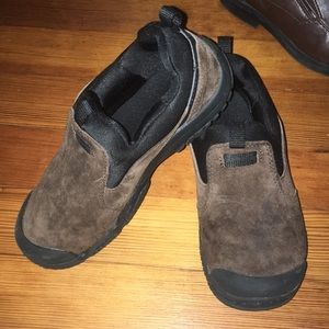 SPERRY slip on suede shoes